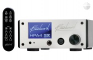 Benchmark Media HPA4 Silver: Headphone/Pre-Amplifier with remote